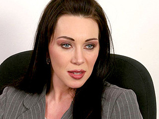 Busty dark haired anilos rayveness gives the computer stud some fantastic cougar vagina