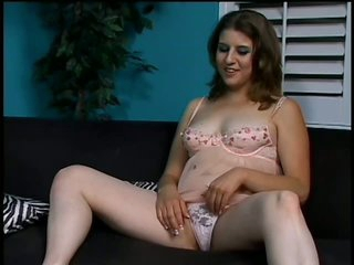 Kinky Nikki Knox Likes To Play With Cum On Her Bush After Having Sex