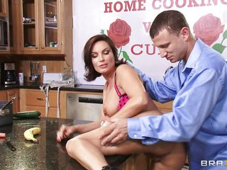 milf diamond foxxx getting nailed