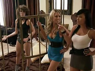 In season 4 of Foursome, this quartet of girls and men meets with a fetish expert to try out some bondage, lap dancing, and electric toys. Almost all are willing except one guy who's not indeed into it. The entire time they are participating, there are two women who are judging the group as they play.