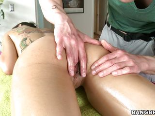 yuzian acquires her ass fingered