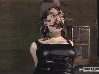 Hey, do you know where my clothespins are? Oh, that's right, they are on Dixon's face! It's sometimes amazing what a skilled mastix can do with effortless things. Dixon is a hawt honey and she has a passion for being abused and punished hard so stay with her and enjoy it as much as she does!
