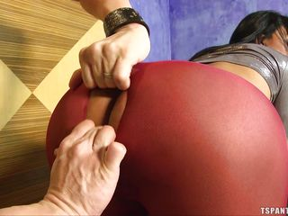 shemale in red pantyhose gets asshole eaten