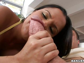 latin chick milf diamond kitty in act