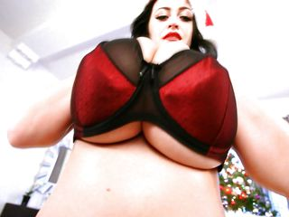 busty dark impenetrable babe in xmas costume