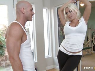 Sammie Spades is one hot blonde in the poles. And with her tempting striptease, Johnny Sins got a boner! And when she started to show her hot ass and big tits Johnny went total mad. He squeeze her tits and bit & kiss & engulf her hard nipps in advance of he put his dick in her mouth.