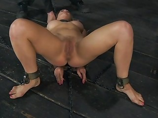 Clamped thither pulchritude gets her fuck holes tortured