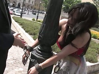 Sultry darling has less endure a kinky public punishment