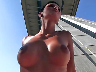 Gabrielle Gucci performing deepthroat and getting drilled during nice weather