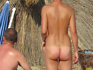 Grown up Nudist Amateurs Beach Voyeur - MILF Close-Up Pussy