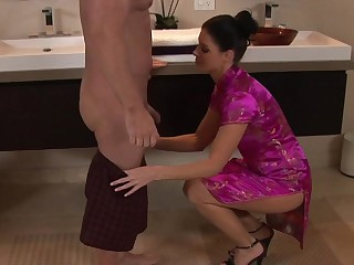 India Summer doing Nuru Rub-down