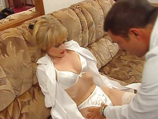 Vintage clip be fitting of a French babe fucked by a gynecologist