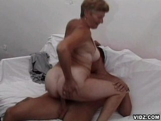Nasty old granny enjoys enormous thick headed manmeat