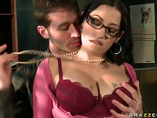 Office Sex With Big Titted Kingpin Fellow-criminal Daisy Cr