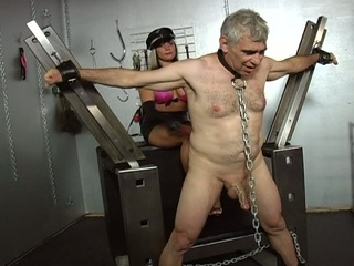 Two horny floozy tortured a old man !