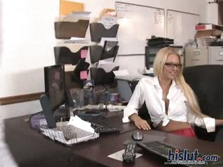 Hard oral sex at office
