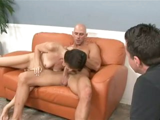 Milf Tabatha Tucker sucks off her paramour during the time that hubby watches