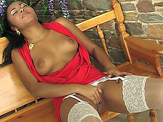 Joanna wearing dispirited nylons