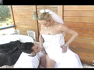 Outdoor butt-screwing amusement with sex-addicted shemale bride and groom
