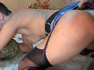 Susanna&Mireille stockings lesbos in action