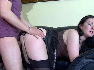 Randy bombshell in black nylons going from wang-engulfing to doggystyle pulverizing
