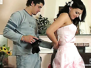 Breathtaking bride in waxen nylons property gangbanged in advance be required of wedding ceremony