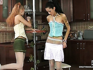 Emilia&Emmie fantastic hose movie