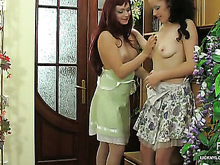 Melanie&Rita nylon lesbian body of men up action