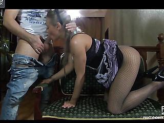 Emeralda&Geffrey videotaped not later than the time that pantyhosefucking