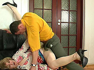 Elinor&Donald red hawt aged video