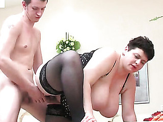 Plump aged gal preparing her love tunnel for young shlong aching for creamy finale