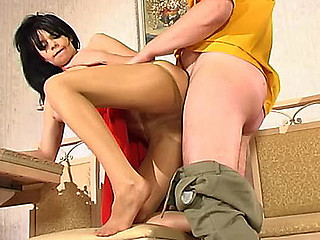 Gertie&Adam hawt nylon feet action