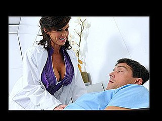 The hospital is in despairing financial trouble, but a patient has promised to leave his vast fortune to the hospital when that boy dies. Veronica assents to speed up the process but unfortunately, the director doesn't specify which patient is the one with the heart condition, so that babe mistakenly seduces Ramon. Veronica does anything to acquire his heart rate up, that babe even unleashes the hottest weapon in her arsenal: her wet snatch.
