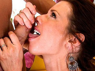 Veronica Avluv is one hawt Mother I'd Like To Fuck with a splooging vagina. Derrick was in for a gorgeous fucking. This Mother I'd Like To Fuck wasted no time at all. One Time they picked her up, out came the jock and Veronica Avluv went to work. Engulfing his wang with pure expertise. Derrick couldn't expect to get home. Fucking this mother I'd like to fuck is all that came to his mind. Sure sufficiently that's exactly what this guy did. Derrick strike Veronica cum-hole up from every angle. Damn! That's how us young guys do. Enjoy!