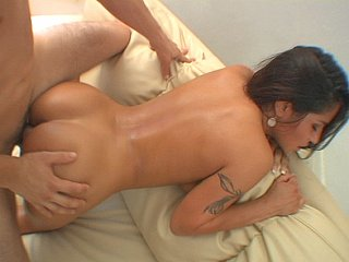 Jenaveve Jolie  moans as corpulent cock stretches her