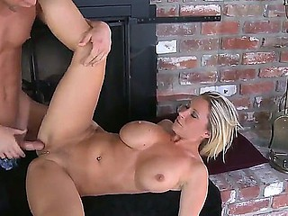 Devon Lee and Seth Gamble has wonderful orall-service sex and dirty fucking at her abode