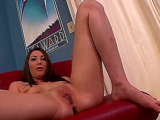 Have a glance at superb masturbation performance of nice flirtatious chick Jasmine Delatori