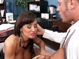 Gorgeous doxy Lisa Ann fucks merely