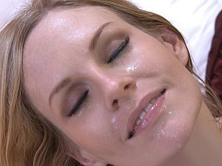 My wife's friend enjoys facial spunk fountain