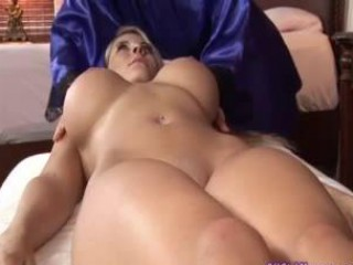 Super Hot Lesbian Massage + Sex