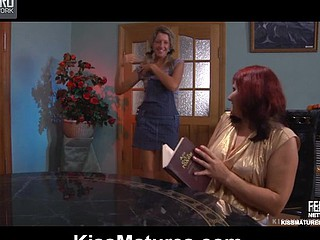Viola&Nora lesbo mama on video