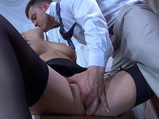 Sandy&Nicholas cool nylon video episode