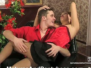 Smashing older gal in classic pantyhose having hawt desire to fuck non-stop