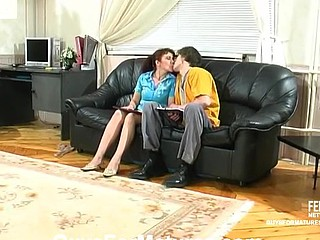 Lillian&Marcus cute mommy on clip