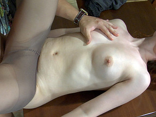 Fiery gal property nailed on the kitchen table apposite in her control culmination familiarize with hose