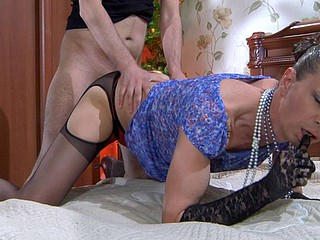 Jack&Horatio cocksuking crossdresser on clip