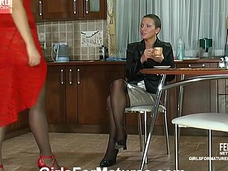 Bridget&Sheila lezzy tit in personate