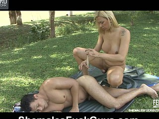 Angel&Senna tranny bonks dude video