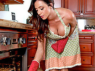 Ariella has been preparing a beautiful meal all afternoon for her aniversary. When diner time rolls around Ariella is left waiting all night for her husband to show up. When that boy lastly comes home wasted arguing with the cab driver Ariella is coercive to pay him. This Bombshell finds out that her husband picked up a fuckslut and fucked her in the back seat. Gargled away this babe makes a decision to pay him back by fucking the cab driver silly.