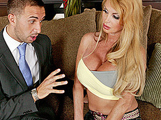 Taylor Wane can't live out of water, that babe can't live out of it so much that this babe uses way way too much of it and the town is urinated. Keiran Lee, a water management representative, informs Mrs Wane that that babe needs a permit for that much water usage. A permit of this size would cost Mrs Wane around 5.000 dollars, cash that babe has just spent on a glorious pair of recent melons. With no cash for the permit, that babe uses her fresh breasts as a payment method.